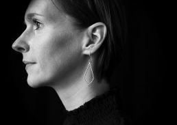 Portrait echt-es Schmuckdesigner Eva Schäfer-Simon